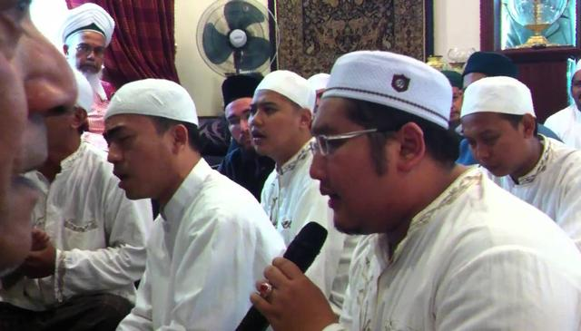 Salawat in Singapore with Habib Shaykh