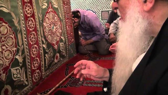 Visit to the Maqam of imam Jazzulli (q) - Fourth Maqam from the Seven Awliya of Marakesh